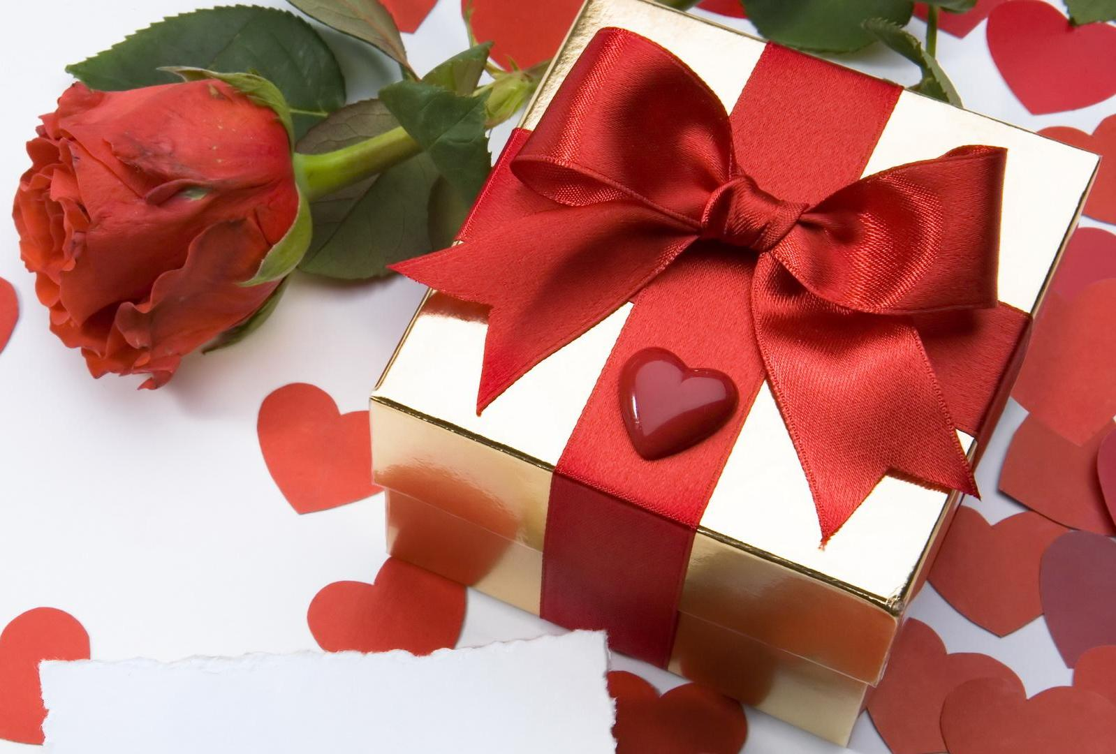 Cheap Gift Ideas For Your Wife These Will Fit Budget And Needs